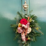 Christmas door decoration to be made at the Harrogate Country Living Fair